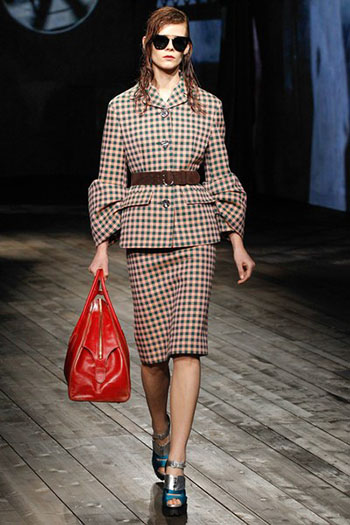 Prada Fall Winter Collection Fashion For Women Look 16