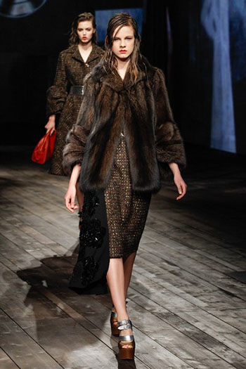 Prada Fall Winter Collection Fashion For Women Look 18