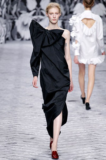 Viktor Rolf Fall Winter Fashion Trends For Women 1