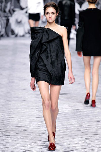 Viktor Rolf Fall Winter Fashion Trends For Women 10