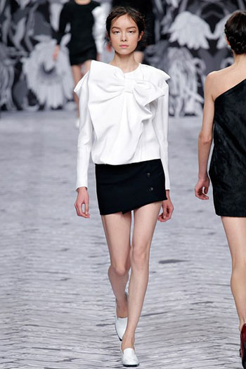 Viktor Rolf Fall Winter Fashion Trends For Women 11
