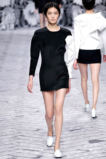 Viktor Rolf Fall Winter Fashion Trends For Women 12