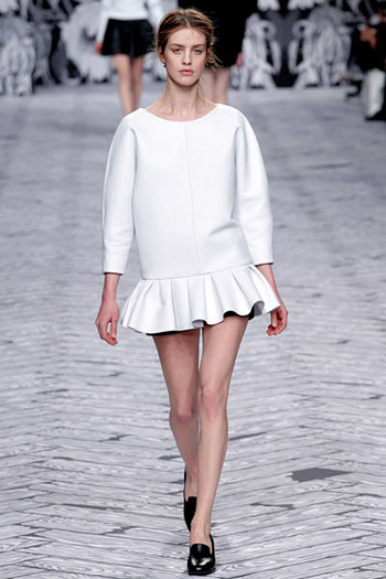 Viktor Rolf Fall Winter Fashion Trends For Women 14