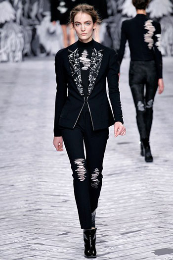 Viktor Rolf Fall Winter Fashion Trends For Women 20