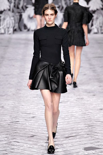 Viktor Rolf Fall Winter Fashion Trends For Women 3