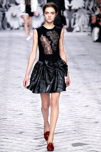Viktor Rolf Fall Winter Fashion Trends For Women 30