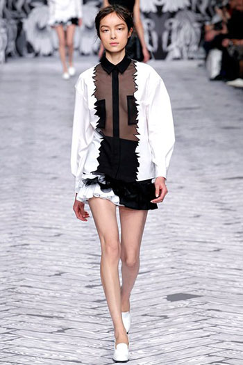 Viktor Rolf Fall Winter Fashion Trends For Women 31