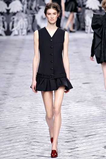 Viktor Rolf Fall Winter Fashion Trends For Women 5