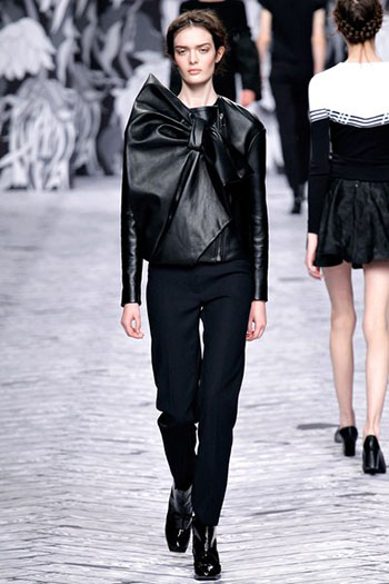 Viktor Rolf Fall Winter Fashion Trends For Women 8