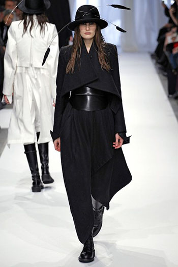 Ann Demeulemeester Fall Winter Womens Wear Fashion 19