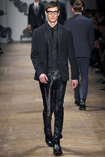 Lifestyle Viktor Rolf Fall Winter Mens Fashion Look 28
