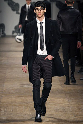 Lifestyle Viktor Rolf Fall Winter Mens Fashion Look 4