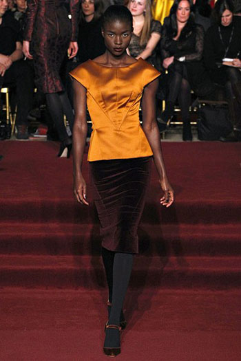 Zac Posen Fall Winter Fashion Clothing Women Look 25