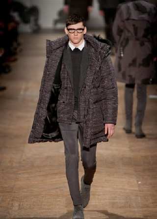 Viktor Rolf fall winter mens wear collection catalog in-showcases