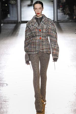 Acne-Studios-fashion-fall-winter-2015-2016-for-women-11