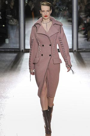Acne-Studios-fashion-fall-winter-2015-2016-for-women-20