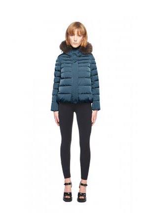 Add-down-jackets-fall-winter-2015-2016-womenswear-10