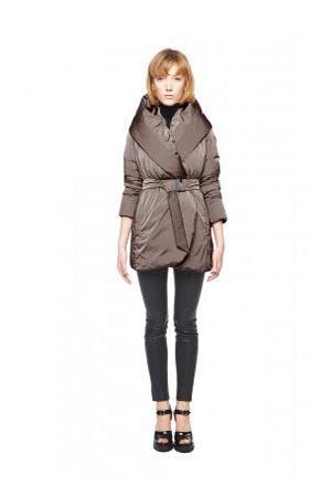 Add-down-jackets-fall-winter-2015-2016-womenswear-14