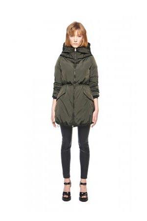 Add-down-jackets-fall-winter-2015-2016-womenswear-17