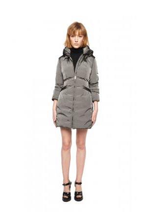 Add-down-jackets-fall-winter-2015-2016-womenswear-18