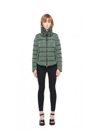 Add-down-jackets-fall-winter-2015-2016-womenswear-19