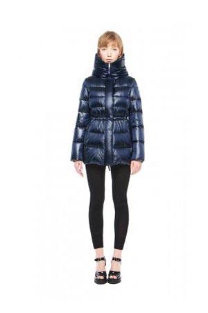 Add-down-jackets-fall-winter-2015-2016-womenswear-24