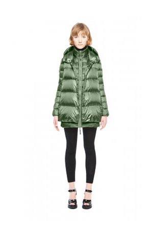Add-down-jackets-fall-winter-2015-2016-womenswear-27