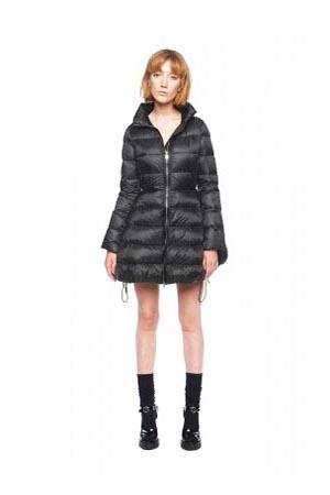 Add-down-jackets-fall-winter-2015-2016-womenswear-33