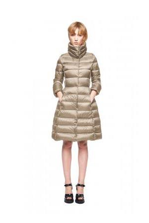 Add-down-jackets-fall-winter-2015-2016-womenswear-34