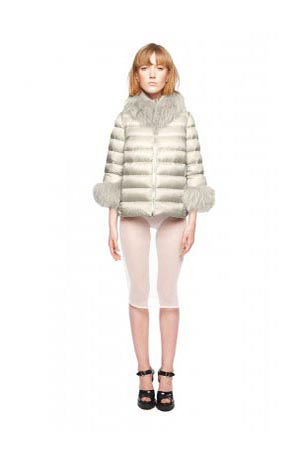 Add-down-jackets-fall-winter-2015-2016-womenswear-38