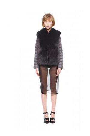 Add-down-jackets-fall-winter-2015-2016-womenswear-41