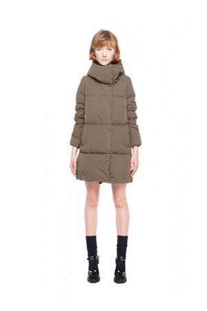 Add-down-jackets-fall-winter-2015-2016-womenswear-49