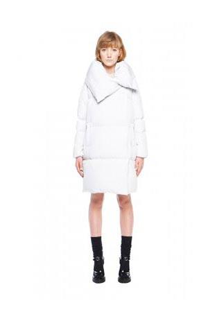 Add-down-jackets-fall-winter-2015-2016-womenswear-50