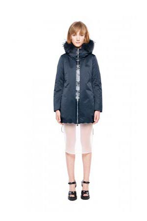 Add-down-jackets-fall-winter-2015-2016-womenswear-52