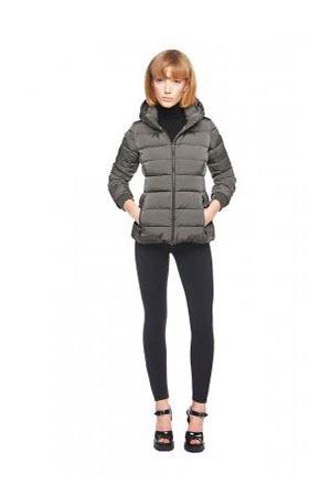 Add-down-jackets-fall-winter-2015-2016-womenswear-7