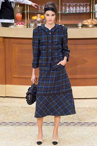 Chanel-fall-winter-2015-2016-for-women-16