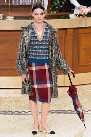 Chanel-fall-winter-2015-2016-for-women-17