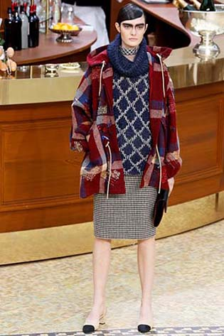Chanel-fall-winter-2015-2016-for-women-18