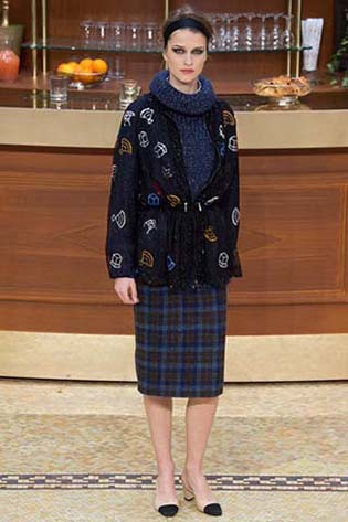 Chanel-fall-winter-2015-2016-for-women-21