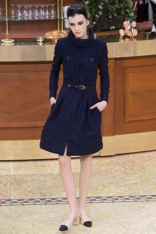 Chanel-fall-winter-2015-2016-for-women-30