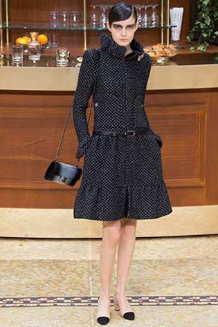 Chanel-fall-winter-2015-2016-for-women-36