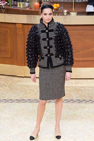 Chanel-fall-winter-2015-2016-for-women-4