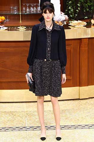 Chanel-fall-winter-2015-2016-for-women-40