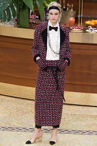 Chanel-fall-winter-2015-2016-for-women-43