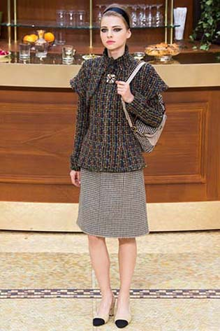 Chanel-fall-winter-2015-2016-for-women-51