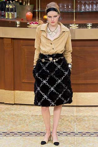 Chanel-fall-winter-2015-2016-for-women-55