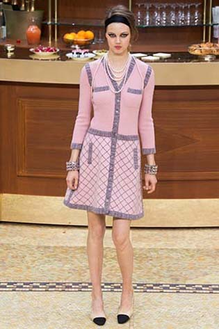 Chanel-fall-winter-2015-2016-for-women-58
