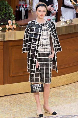 Chanel-fall-winter-2015-2016-for-women-68
