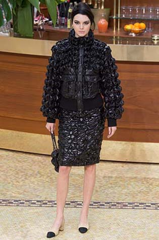 Chanel-fall-winter-2015-2016-for-women-7