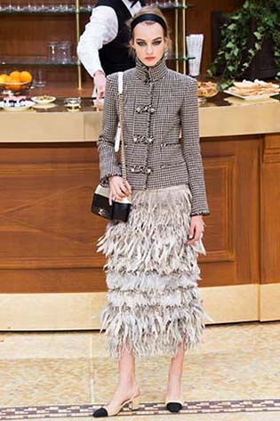 Chanel-fall-winter-2015-2016-for-women-71